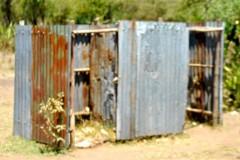 oud-toilet-Ayweyo
