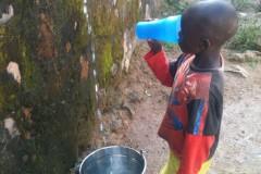 drinkbaar-water-voor-weeshuis